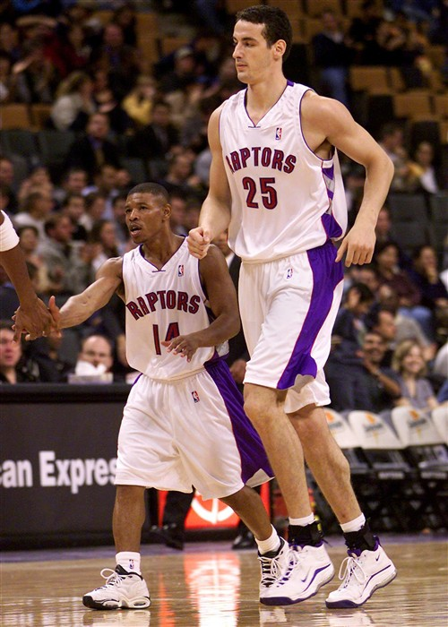 Toronto Raptors Muggsy Bogues and Alek Radojevic