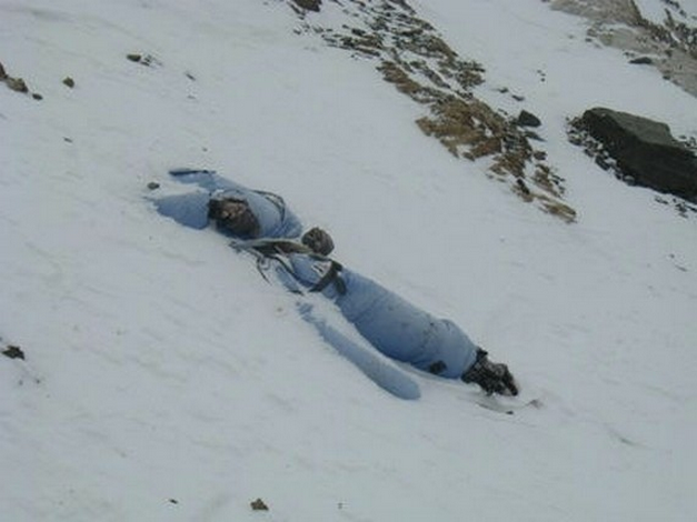 Dead body Mount Everest4